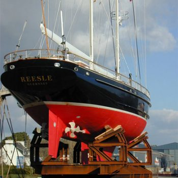 Reesle-sailing-yacht-refit-jfa-002